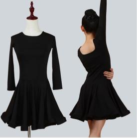 Платье рейтинговое чёрное