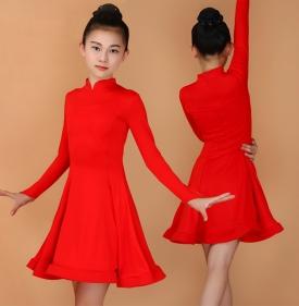 Платье рейтинговое красное